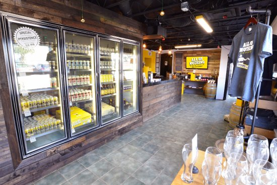 Oakville, Kanada: Bottle Shop 2018