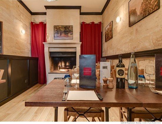 Bouliac, France: salle cheminée