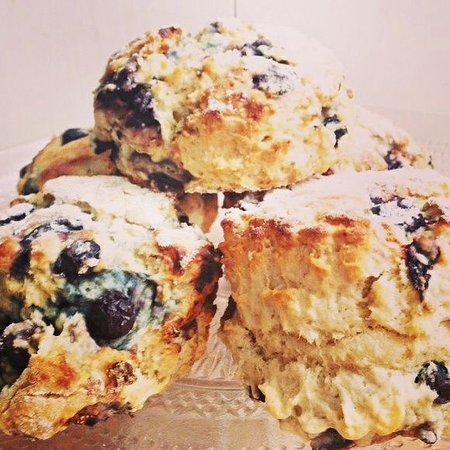 Devizes, UK: Blueberry & vanilla scones...like blueberry muffins, only better