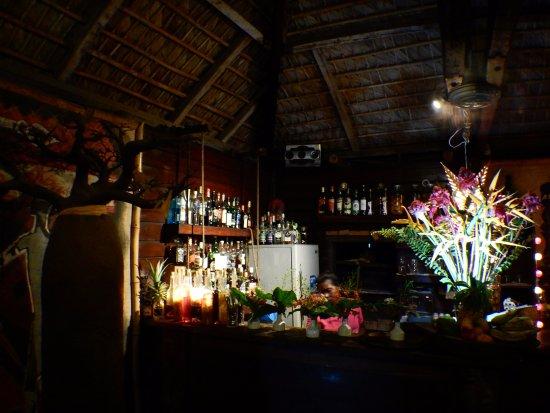 Baobab Cafe: ACCUEIL ET BAR