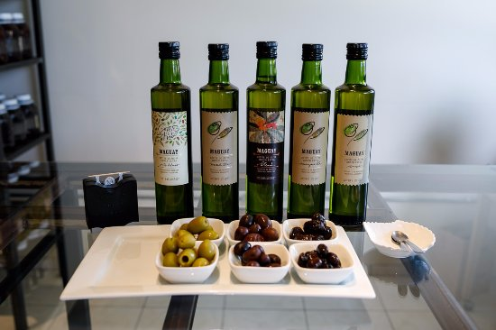 Olivicola Maguay: Tasting Olives and Oil