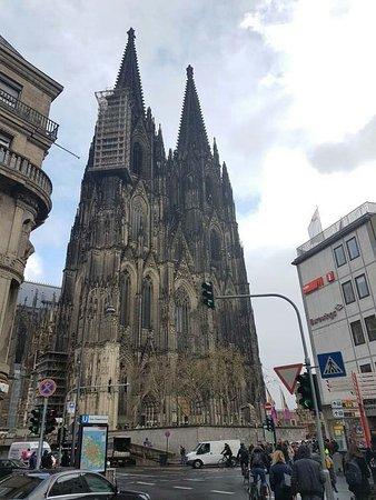 Kölner Dom: received_10215169110804885_large.jpg