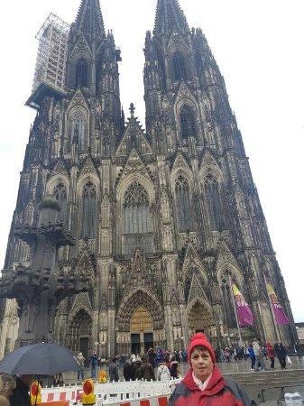 Kölner Dom: received_10215169113604955_large.jpg