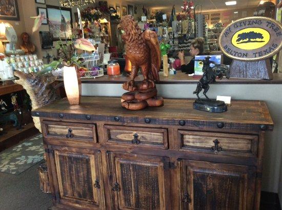 Belton, TX: Rustic furniture