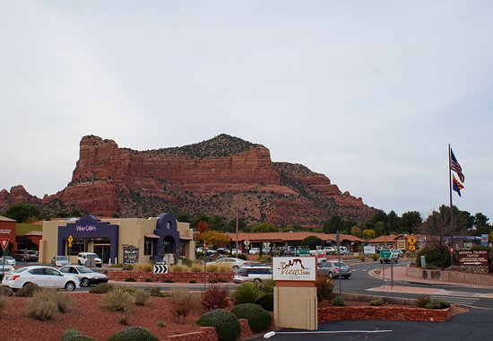 The Views Inn Sedona: Udsigt til Village of Oak Creek