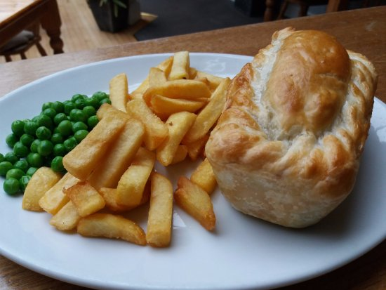 St Just, UK: Homemade Steak & Cornish Ale Pie also served with mash & vegetables  if preferred