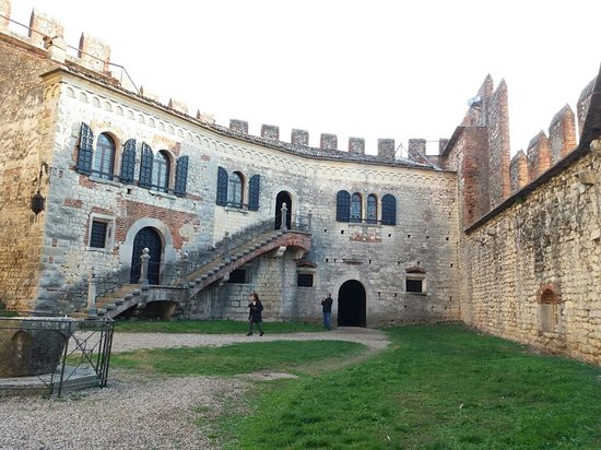 The Soave Castle: 20171209_141320_large.jpg