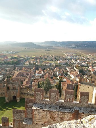 The Soave Castle: 20171209_143123_large.jpg