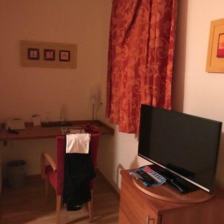 Weingut & Landhaus Wilker : Anbei die Zimmer