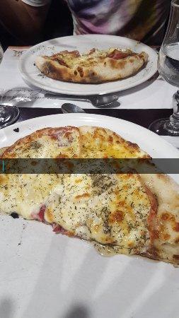 Pre-en-Pail, Francja: Snapchat-2147211699_large.jpg