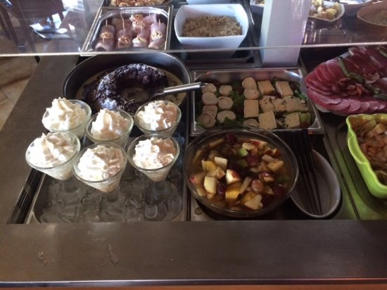 Ruch, France: Buffet des desserts