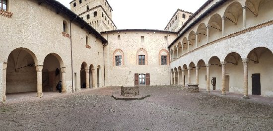Torrechiara, Italie: 20171209_123848_large.jpg