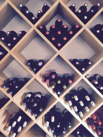 Lauzerte, France: Cave a vin