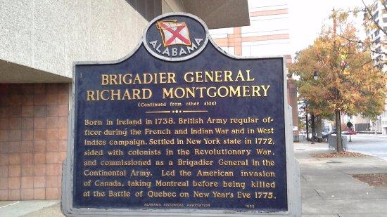 Court Square : Brigadier General Richard Montgomery Sign
