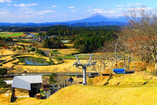 Miyakonojo, Japan: 中腹からの景観・2