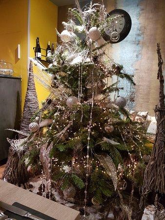 DECORATION DE NOEL   Picture of Restaurant Osmoz, Amiens   TripAdvisor