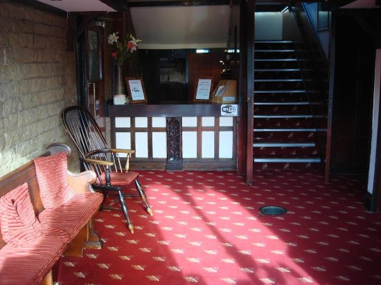Brighouse, UK: LOBBY