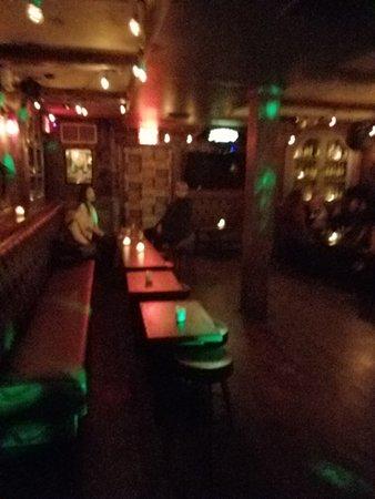 Sunnyside, Estado de Nueva York: dancing and drinking area