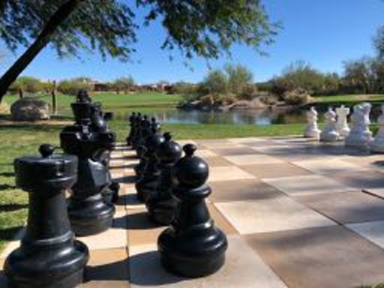 Boulders Resort & Spa, Curio Collection by Hilton: Life size chess game at the golf course