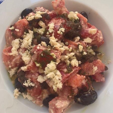 imagen La Taverna Restaurant, Prat de Sant Pere 5 Besalu Giron province en Besalú