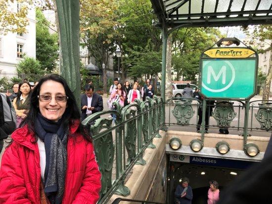 Place des Abbesses Photo