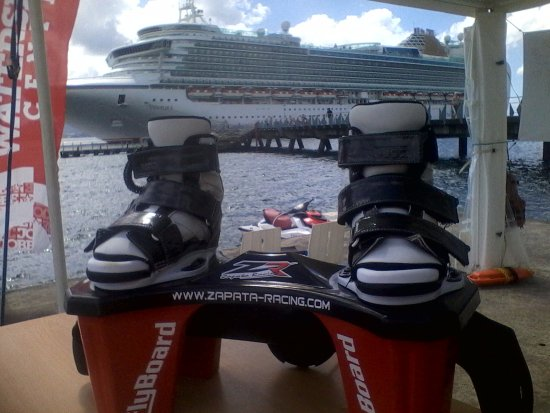 Le Carbet, Martinica: Flyboard
