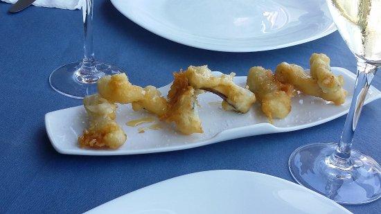 Arrieta, España: Amuse-gueule Auberginen mit Honig
