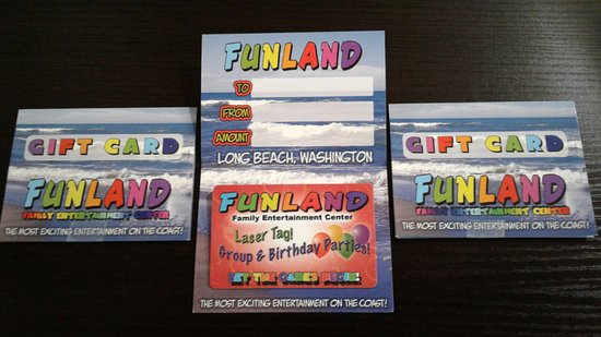 Long Beach, Waszyngton: Want a great stocking stuffer? Get them a Funland gift card! Its perfect! Open 10-10. #FunlandLB