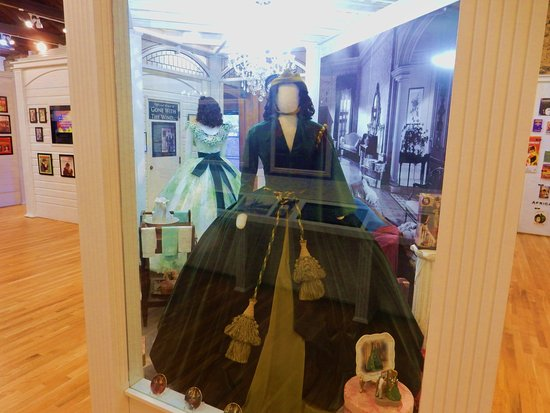 Road To Tara Museum: The Infamous Gown!