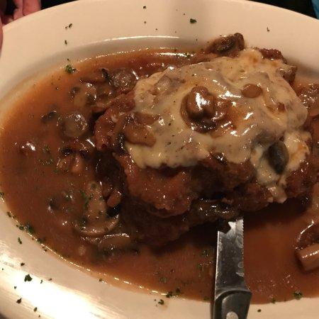 Brielle, Nueva Jersey: Veal & Chicken Capri
