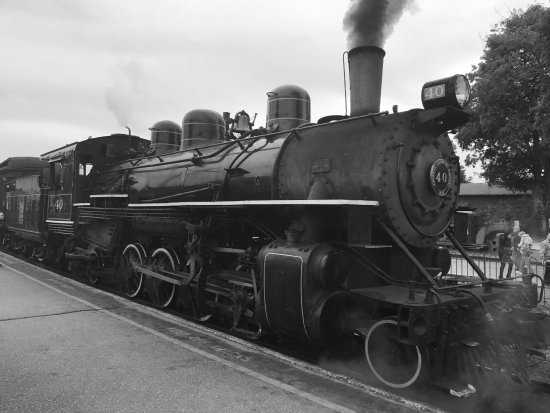 Essex, CT: Nostalgic steam train