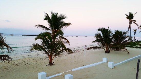 Paradise Cove Beach Resort: C360_2017-12-06-06-46-06-743_large.jpg