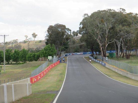Bathurst, Australia: Mount Panorama track