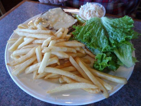 Meriden, CT: burger