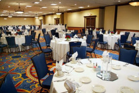 Worthington, OH: Ballroom