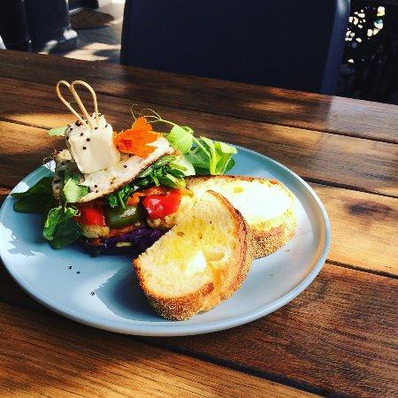 Yackandandah, Australia: Vego Stack w/ bread