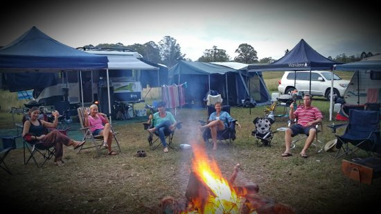 Imbil, Australia: Enjoying the camp fire on site 8