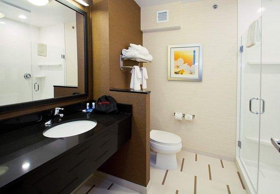 Wentzville, MO: Guest room