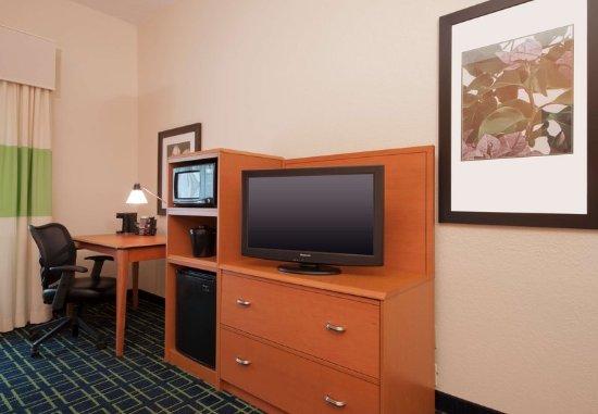 Sulphur, LA: Guest room