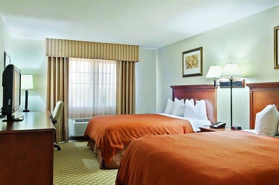 Decatur, IL: Guest room