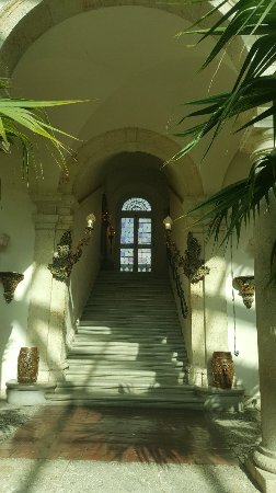 Vizcaya Museum and Gardens: 20171117_141447_large.jpg