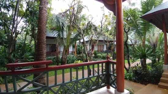 Banana Fan Sea Resort : View from veranda of Bungalow 101
