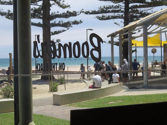 Glenelg, Australia: Another view through the glassed verandah of the Boomers on the Beach Cafe