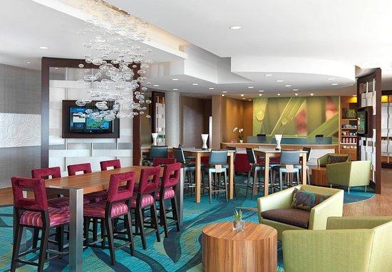 Munster, Indiana: Bar/Lounge