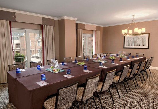 The Alexandrian, Autograph Collection: Meeting room