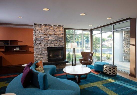 Detroit Lakes, MN: Lobby