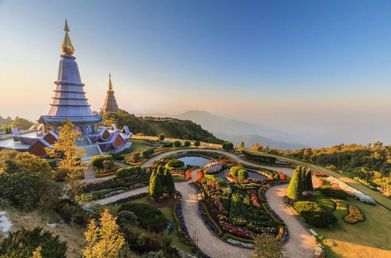 Small-Group Full-Day Tour of Doi Inthanon National Park From Chiang...