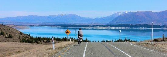 Twizel, نيوزيلندا: Gone cycling - Lake Pukaki Day-tripper