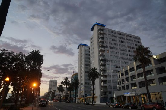 hotel at dusk picture of ocean view hotel santa monica. Black Bedroom Furniture Sets. Home Design Ideas