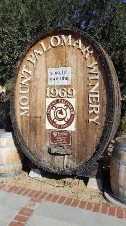 Temecula, CA: Mt. Palomar Wine Barrel